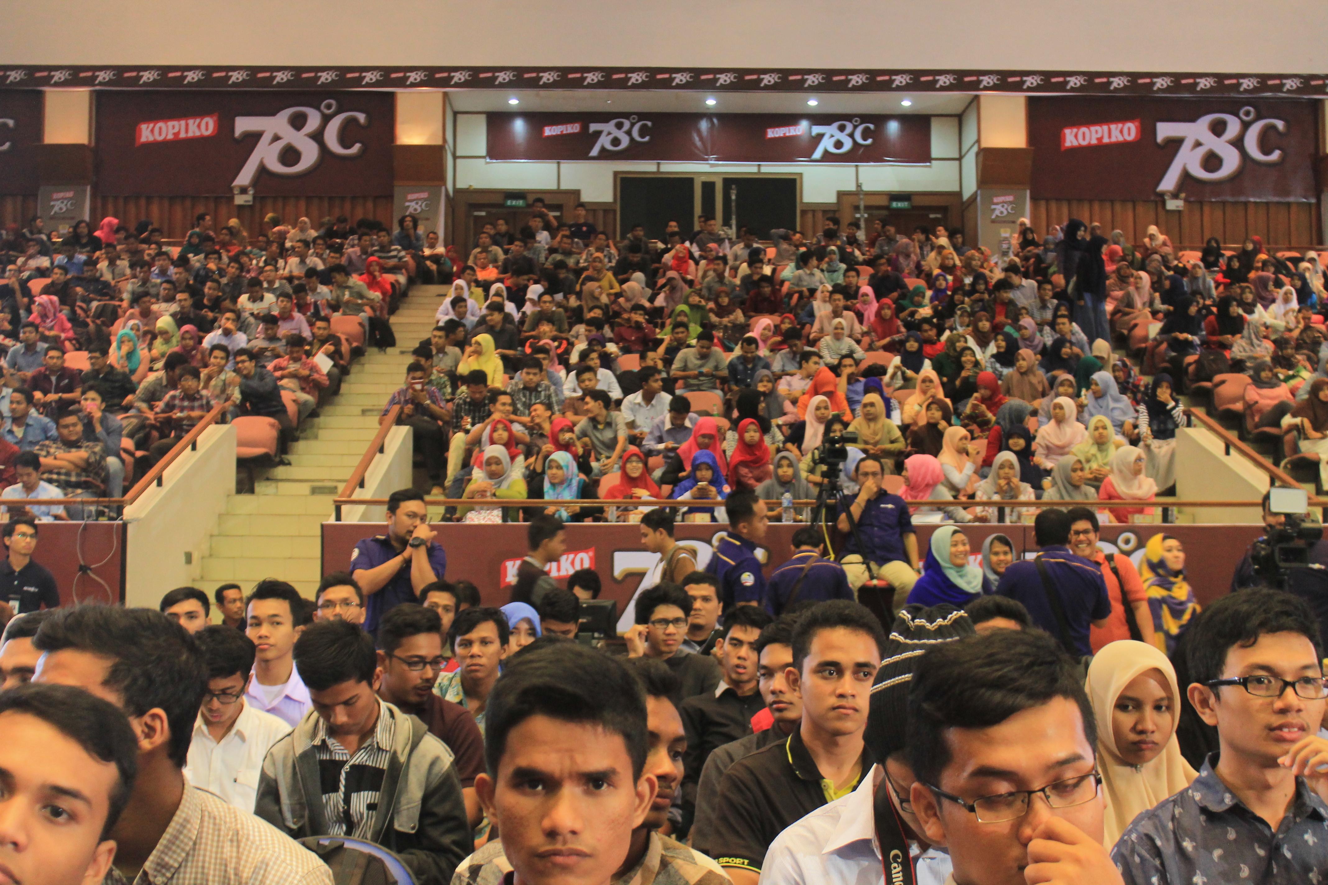 Foto | Ratusan Mahasiswa Ikut Pelatihan Jurnalistik