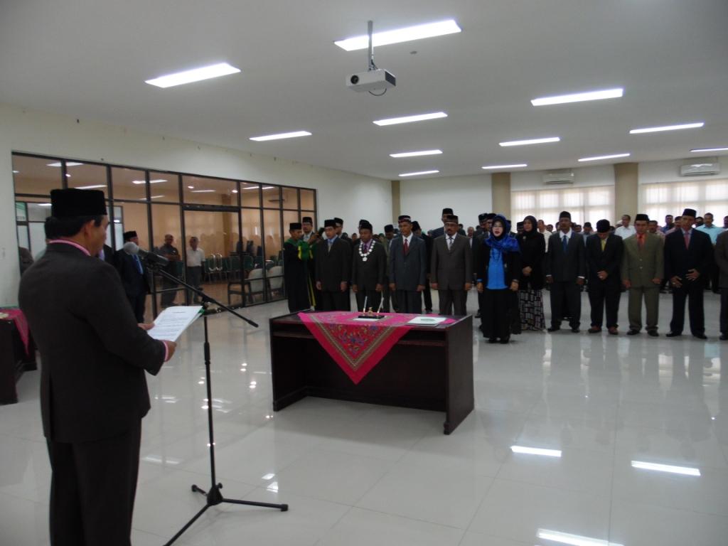 Rektor UIN Ar-Raniry Lantik Dekan dan Wakil Dekan Fakultas Baru