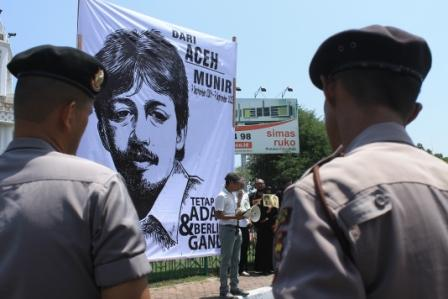 Sumberpost TV – Sahabat Munir Kecewa Terhadap Pemerintahan Jokowi-JK