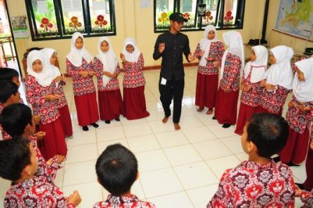 Semangat Belajar Murid SD Kandang