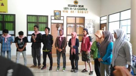 Sumberpost TV – Mahasiswa Tanam Pohon dan Daki Seulawah