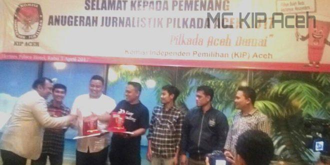 Alumni dan Anggota Sumberpost Raih Penghargaan