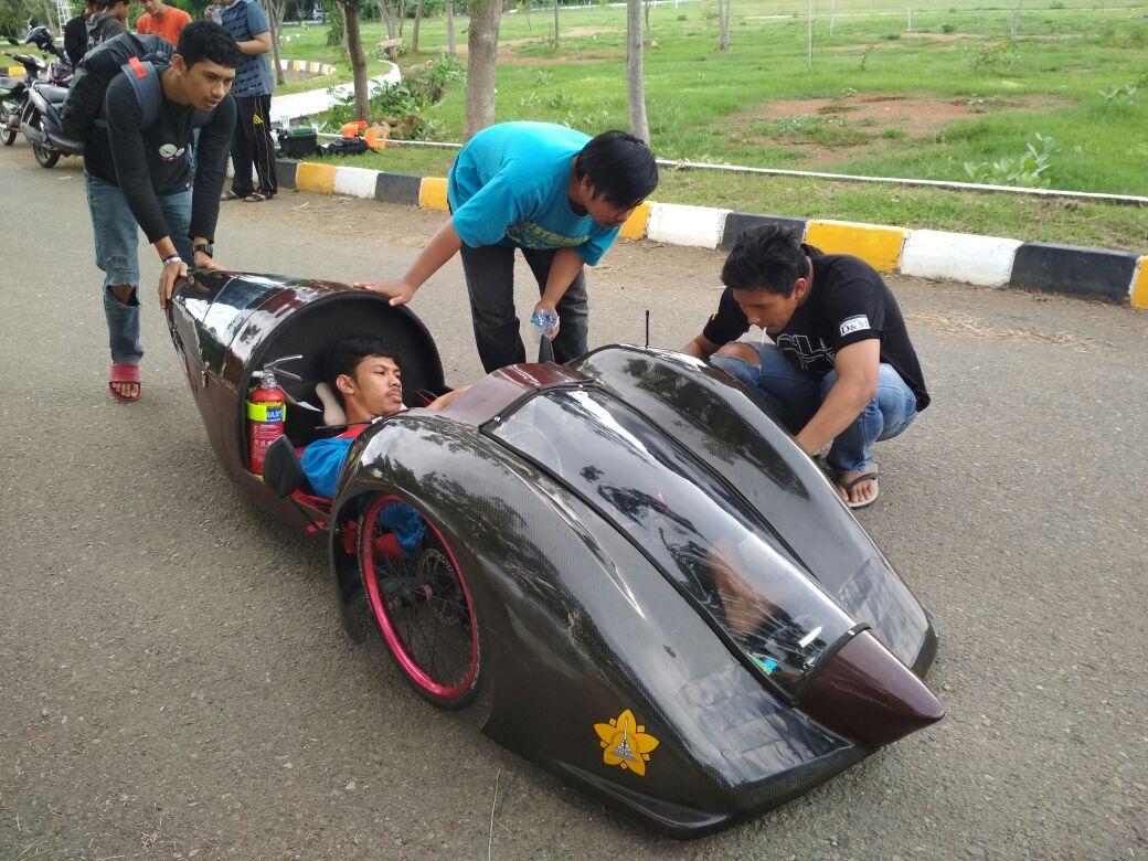 Fakultas Teknik Unsyiah Uji Coba Mobil Listrik