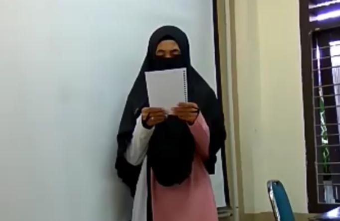 Mahasiswa Bercadar UIN Aceh Balas Puisi Sukmawati