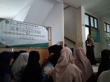 Perdana, Kajian Jum'at Muslimah FTK Hari Ini Dibuka