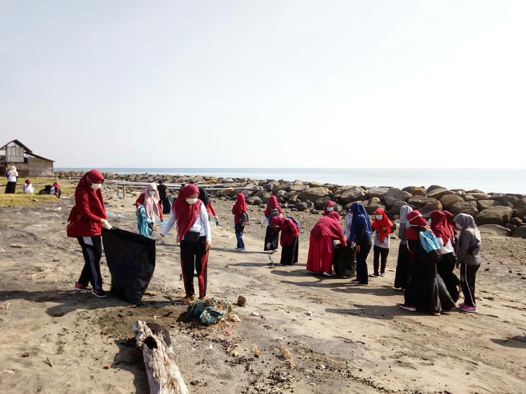 56 Komunitas di Lhokseumawe Peringati Hari Sampah Nasional