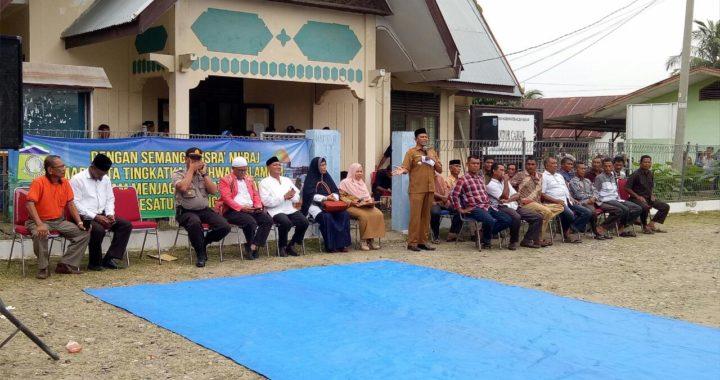 Serah Terima Mahasiswa KPM, Camat Kuta Baro Imbau Mahasiswa Tetap Jaga Sopan dan Santun